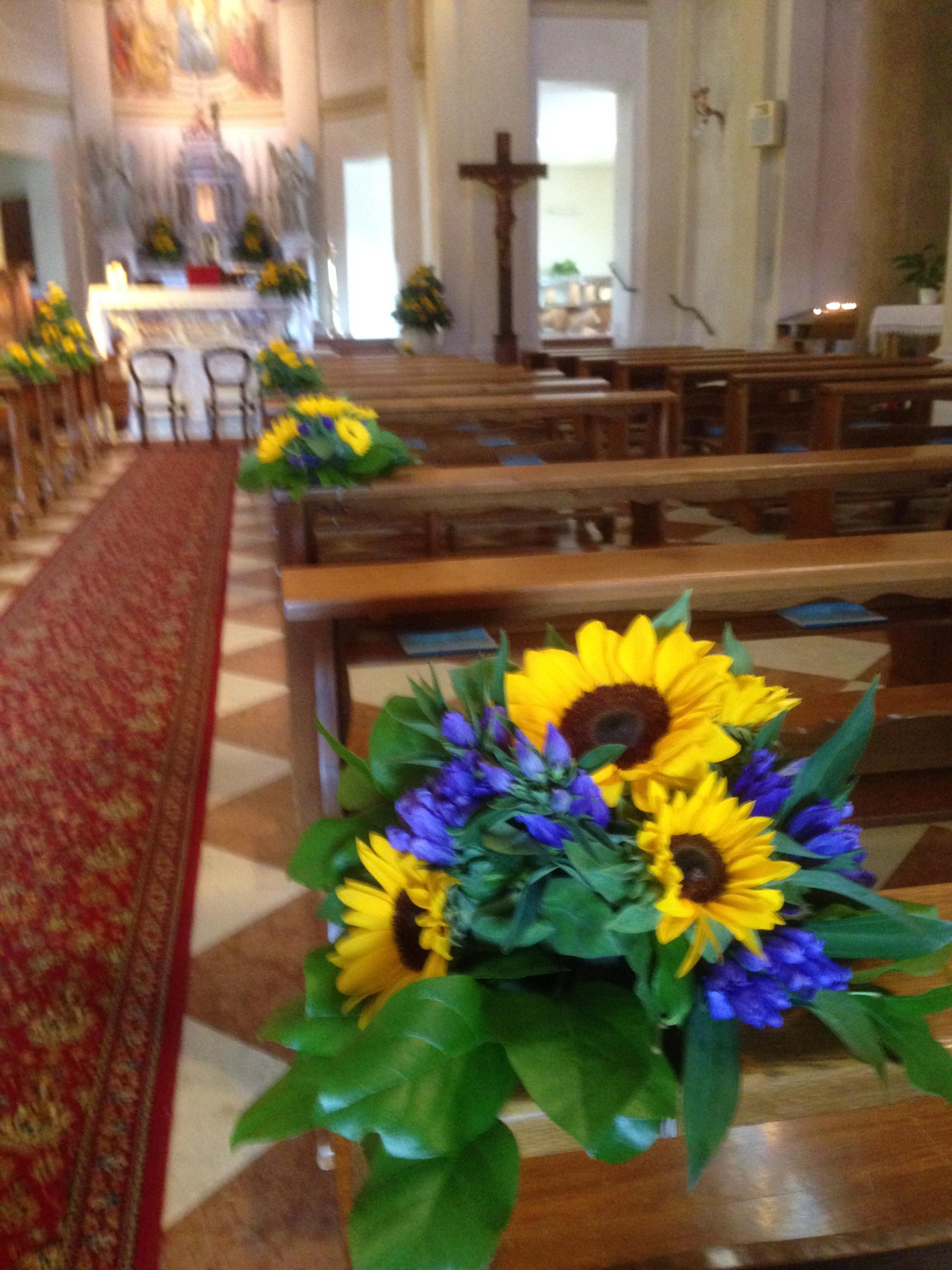 Centrotavola Con Girasoli Matrimonio : Il fiore di oggi la genziana e suo significato