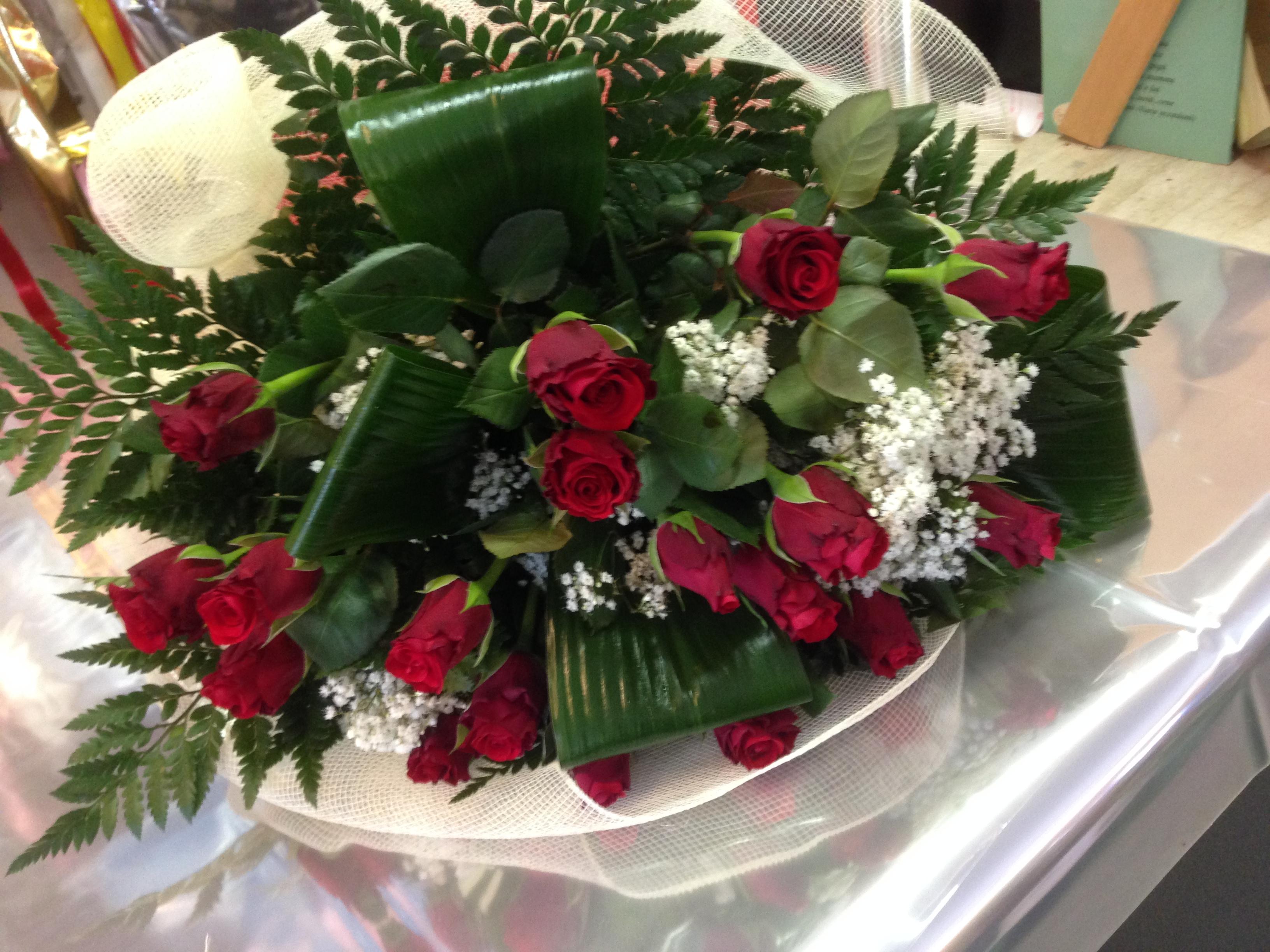 Matrimonio Tema Rose Rosse : Idee romantiche per un matrimonio a san valentino