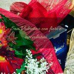 San Valentino con fiori e cioccolatini