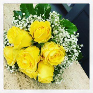 Bouquet Sposa 50 Anni Matrimonio.Fiori Per Anniversario Nozze Oro Quali Fiori Regalare