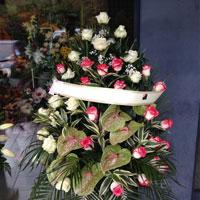 cesto rose per funerale