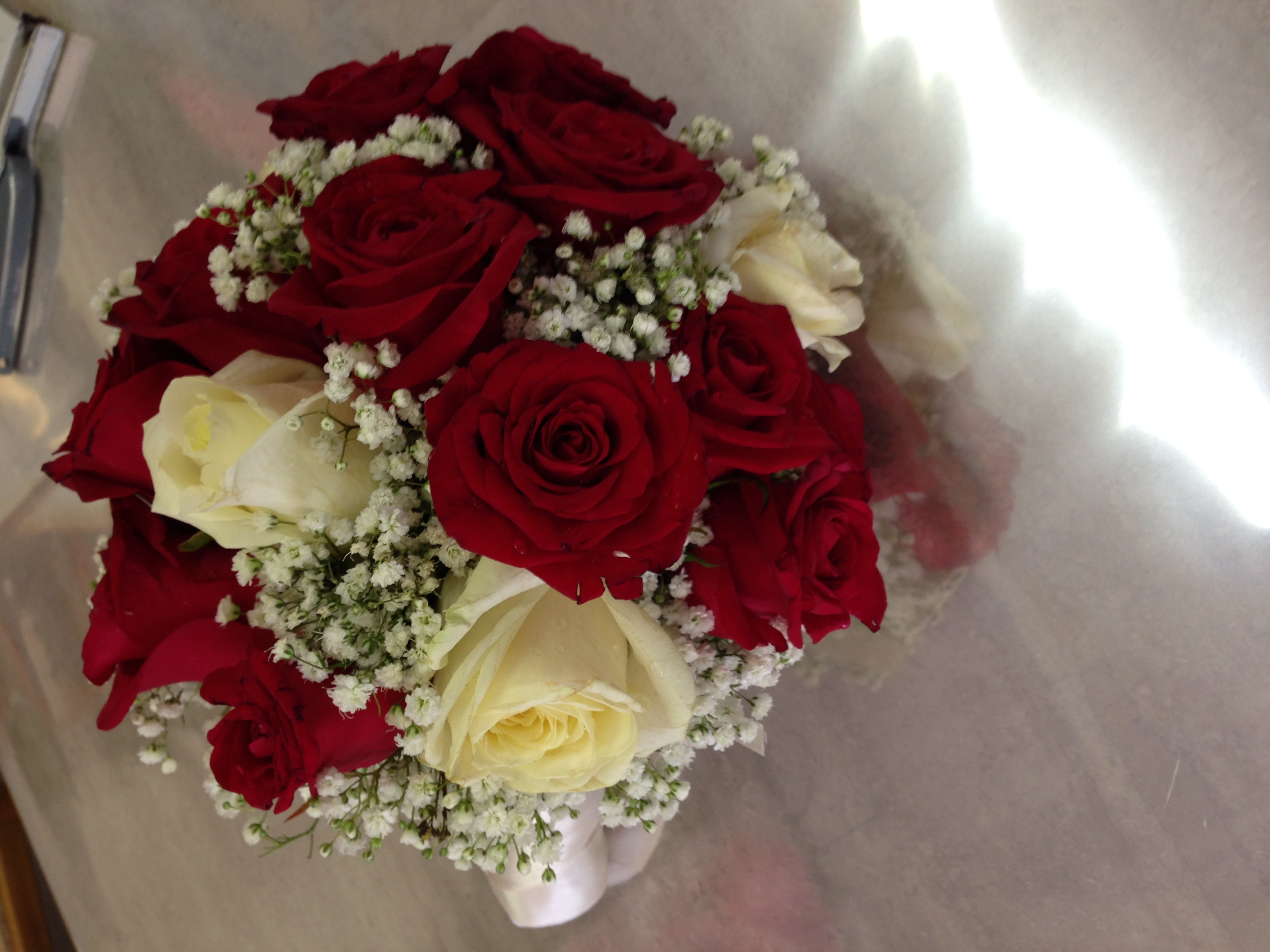 Costo Bouquet Sposa.Bouquet Da Sposa Con Un Tipo Di Fiore