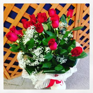 15 rose rosse a stelo lungo