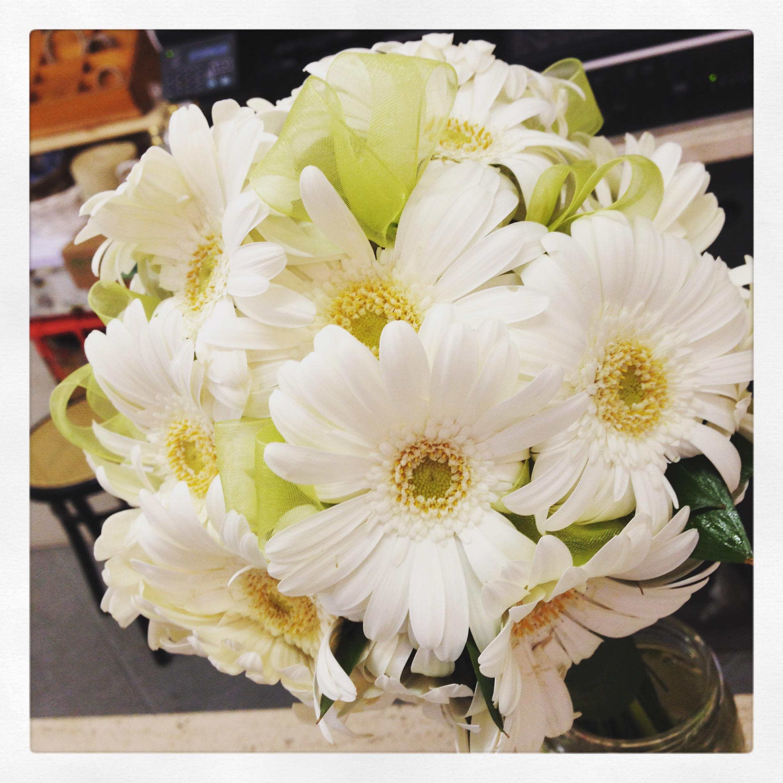 Bouquet Sposa Gerbere.Bouquet Da Sposa Con Un Tipo Di Fiore