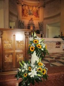 chiesa matrimonio con girasoli