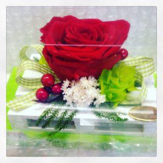 Idee regalo con rose stabilizzate