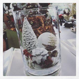 Composizioni natalizie con vetro