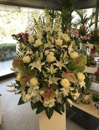cesto per funerale a Padova acquistato online con consegna presso il luogo del funerale a Padova