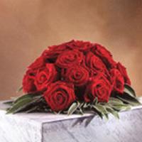 Composizione di fiori per urna