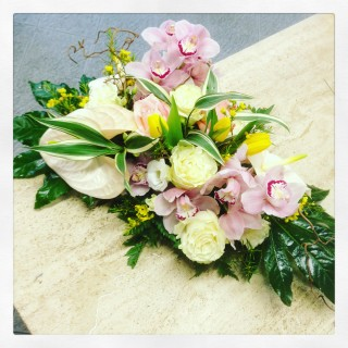 centrotavola di fiori primaverile