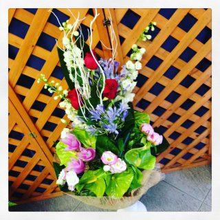 composizione floreale per compleanno