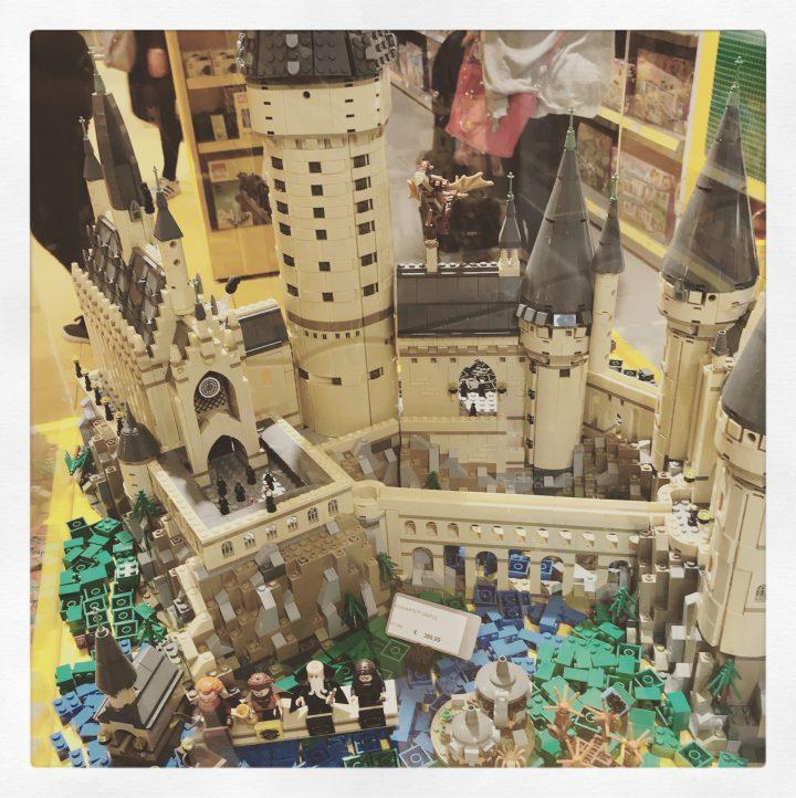 Castello di Hogwards di Lego